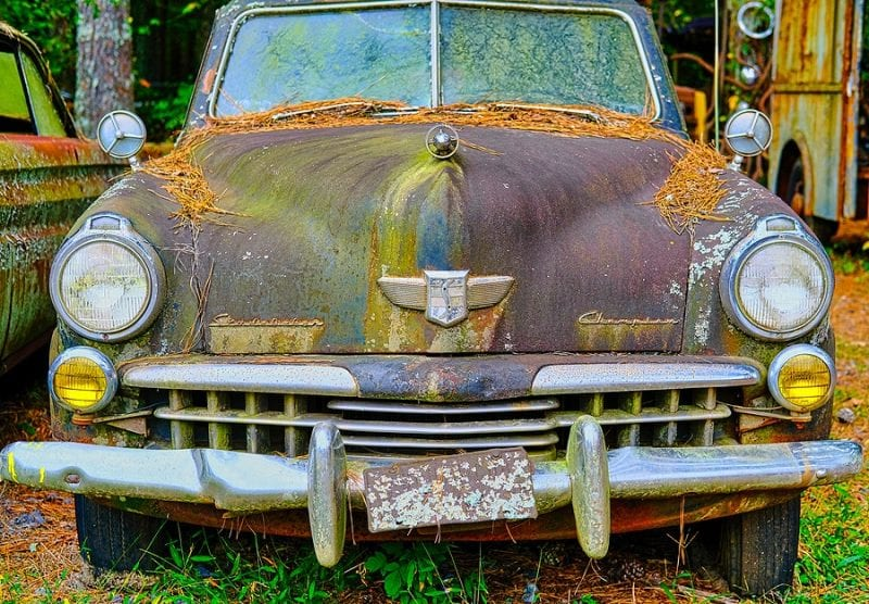 Earn Some Extra Cash for the Holidays by Selling Your Junk Car