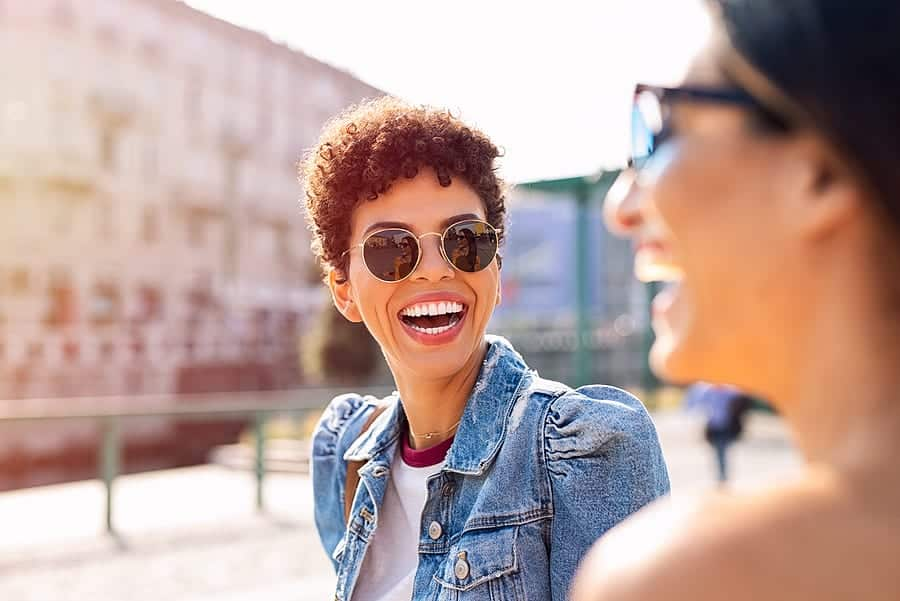 What Advantages Do Polarized Sunglasses Offer?